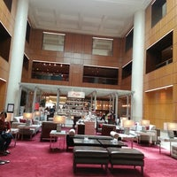 Photo taken at Marriott Singapore Tang Plaza by Abe on 3/28/2013