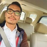 Photo taken at Perempatan Kuningan (Traffic Light) by reza setiawan ر. on 7/11/2016