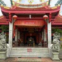 Photo taken at ศาลเจ้าจุ้ยตุ่ยเต้าโบ้เก้ง (Jui Tui Shrine) 水碓斗母宮 by Napat N. on 4/15/2013