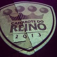 Photo taken at Camarote do Reino by Gabi V. on 2/4/2013