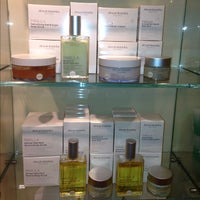 Photo taken at Space NK by COCOACHiC Beauty T. on 11/23/2012