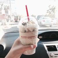 Photo taken at Black Canyon Coffee by ;b🍭 on 11/23/2015