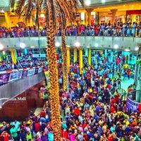 Photo taken at Madina Mall مدينة مول by shahabaz p. on 9/18/2015