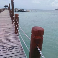 Photo taken at Manukan Island Jetty by shieda b. on 5/3/2016