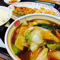 Photo taken at 餃子の王将 伊勢崎店 by hiken_D🎵 エ. on 4/3/2015