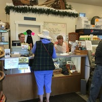 Photo taken at Skagit's Own Fish Market by C.Y. L. on 6/25/2016