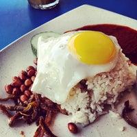 Photo taken at Restaurant Biriyani Sri Manjung by Dexter T. on 10/24/2012