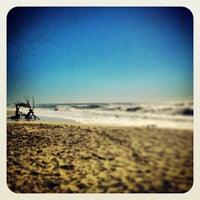 Photo taken at Praia De Maceda by ysraelsf on 8/8/2013