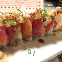 Photo taken at Sushi Lover by .Jason G. on 10/22/2014