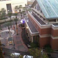 Photo taken at DoubleTree by Hilton Hotel New Orleans by Nabs on 12/7/2012