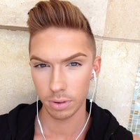 Photo taken at MAC Cosmetics by Miles G. on 4/22/2013