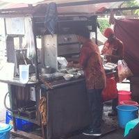 Photo taken at Bakmi Jhon by Silvia Y. on 10/3/2014