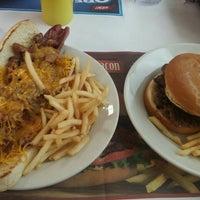Photo taken at Steak 'n Shake by Fasttrack Fan on 7/1/2016