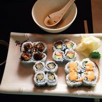 Photo taken at Mizu Sushi by Daniel W. on 8/22/2014