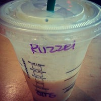 Photo taken at Starbucks by Ruzzel Nesh S. on 2/7/2013