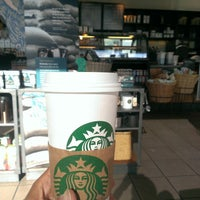 Photo taken at Starbucks by 雄一郎 山. on 9/10/2014