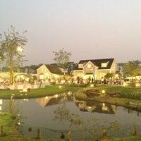 Photo taken at Ban Nam Kieng Din by l3oatty on 1/16/2013