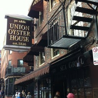 Photo taken at Union Oyster House by Graeme J. on 4/27/2013