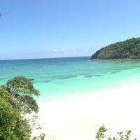 Photo taken at Fairways & Bluewater Resort Boracay by Ivan C. on 2/28/2013