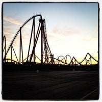Photo taken at Six Flags Magic Mountain by mr_ t. on 9/18/2012