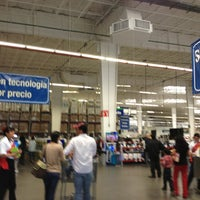 Photo taken at Sam's Club by Luis R. on 6/16/2013