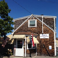 Photo taken at Geno's Chowder and Sandwich Shop by Megan G. on 8/26/2013
