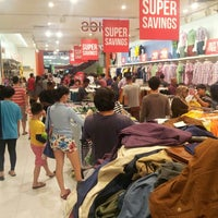Photo taken at Brands Outlet by Ridzuan R. on 9/24/2015