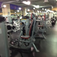 Photo taken at 24 Hour Fitness by Gyu Young J. on 12/15/2012