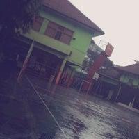 Photo taken at SMA Negeri 3 Malang by Hayyin M. on 3/4/2014