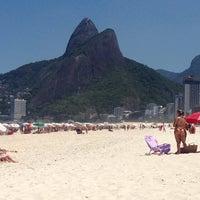 Photo taken at Barraca do Mineiro by Fernando L. on 3/15/2014