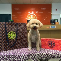 Photo taken at Tory Burch - Outlet by Paige C. on 8/21/2016