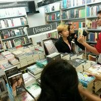 Photo taken at Libreria Gandhi by Francisco R. on 8/5/2016