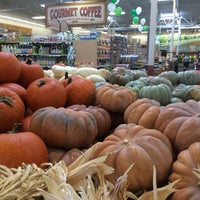 Photo taken at Sprouts Farmers Market by Riann G. on 10/3/2016