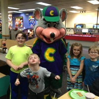 Photo taken at Chuck E. Cheese's by Amanda B on 3/31/2013