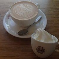 Photo taken at Zoka Coffee (ゾッカコーヒー) 目白店 by Jina P. on 5/18/2014