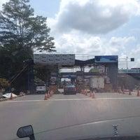 Photo taken at Gerbang Tol Tangerang by Lluvia A. on 3/24/2014