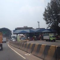 Photo taken at Gerbang Tol Tangerang by Lluvia A. on 3/6/2014