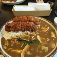 Photo taken at カレーハウス CoCo壱番屋 港区青山1丁目店 by atsuyo on 3/29/2016