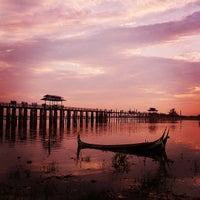 Photo taken at ဦးပိန် တံတား U Bein Bridge by Enrique L. on 6/16/2013