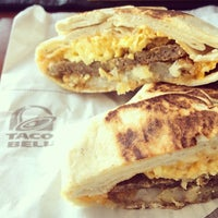 Photo taken at Taco Bell by Ashley A. on 8/7/2014