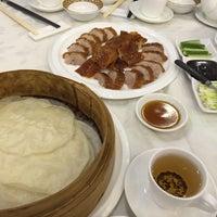Photo taken at Golden Court Abalone Restaurant 黃金閣鮑翅海鮮酒家 by Michelle on 1/4/2016