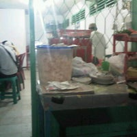 Photo taken at Mie Ayam Pangsit Mbak Sri by Rizal C. on 7/3/2012