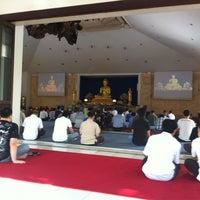 Photo taken at Vihara Theravada Buddha Sasana by Dhana Putra 龐. on 8/26/2012