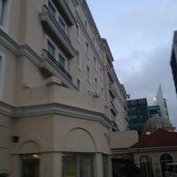 Photo taken at Hilton Garden Inn by Alfredo G. on 8/19/2012