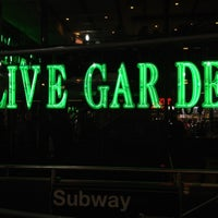 Photo taken at Olive Garden by Steven E. on 3/11/2012