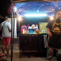 Photo taken at Burger Bathrisya by Jack R. on 11/23/2014