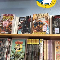 Photo taken at Hub Comics by Alaine H. on 7/9/2016