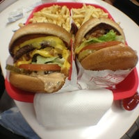 Photo taken at In-N-Out Burger by Elvin L. on 6/2/2013