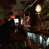 Photo taken at Roxy Bar and Screen by Hank Q. on 1/24/2013