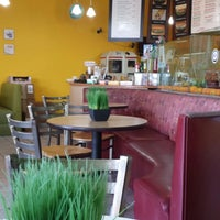 Photo taken at Paradise Juice by Susan B. on 3/20/2014